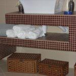 img_bad-braun-mosaik-ablagen
